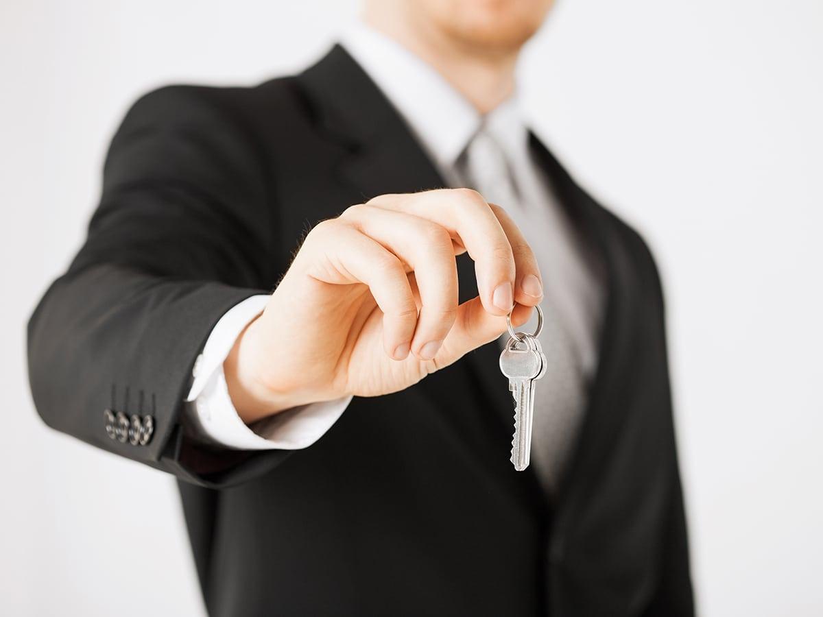 Immobilien-makler-Marin-ostojic-karlsruhe-CMO-Makler-consulting