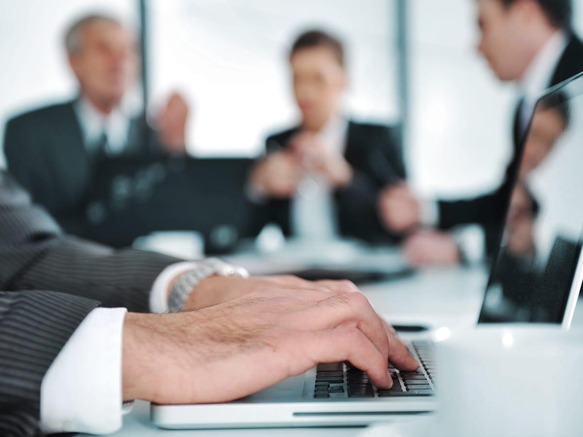 Versicherung-für-gewerbekunden-CMO-Makler-consulting