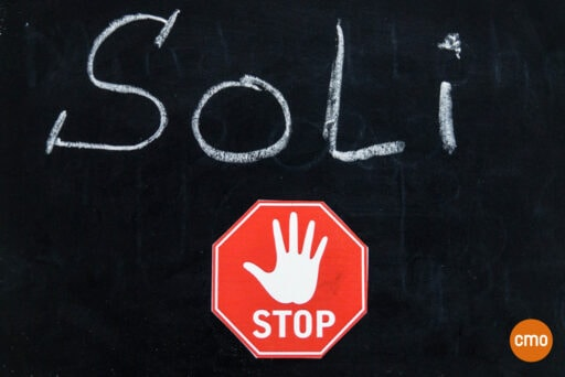 solidaritaetszuschlag-versicherungsmakler-glas-saisonkennzeichen-anlegen-sparen
